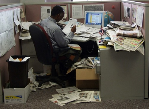 messy-office.jpg